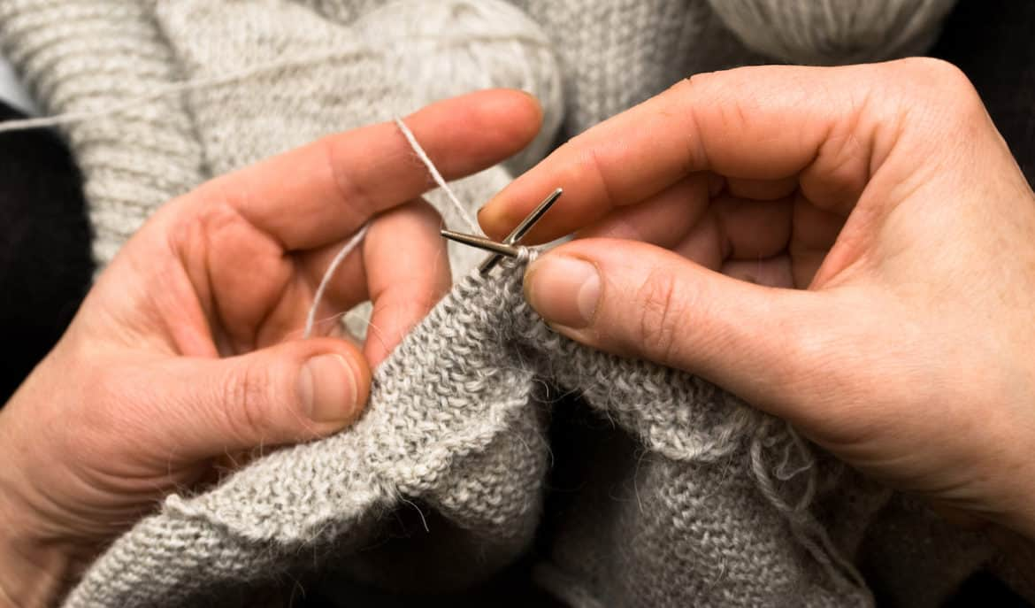 best stretches for knitting and crocheting
