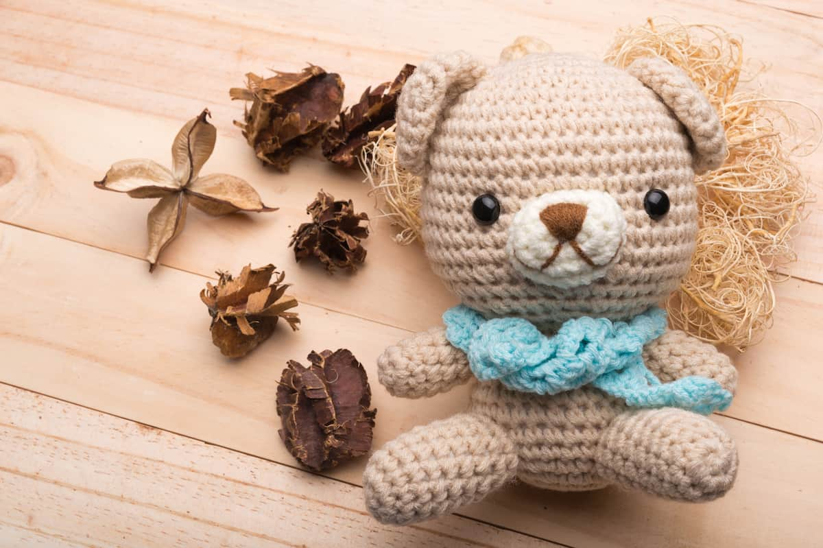 Crochet Pangolin Kit | TOFT | 799x1200